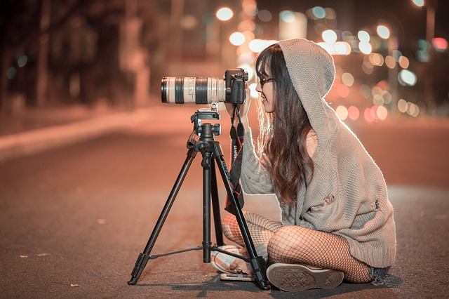 カメラ好き女子と付き合うには?趣味で出会えるアプリで彼女を探せ